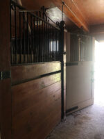 stables1